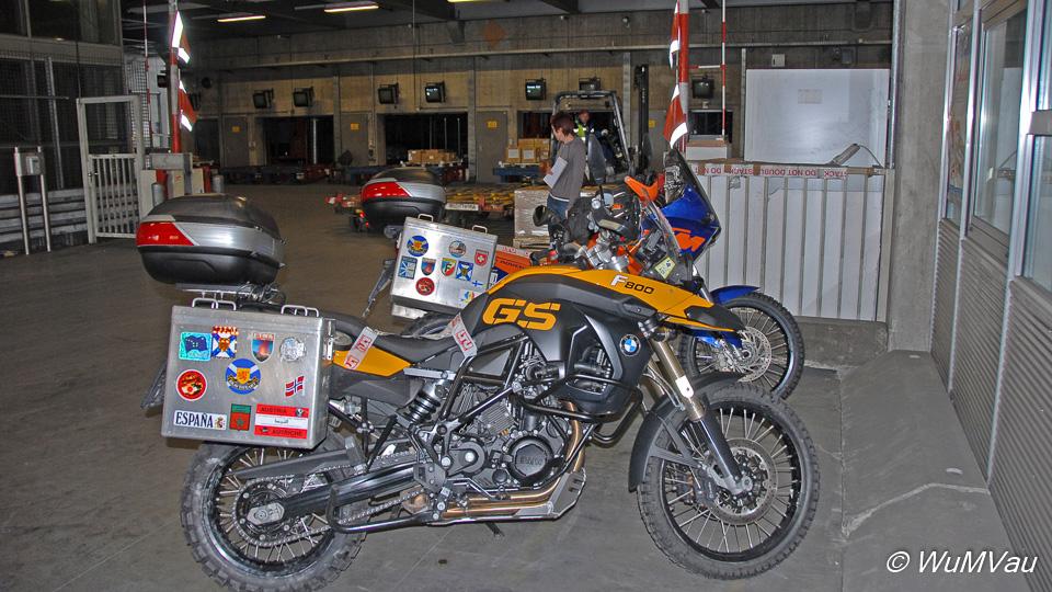 Unsere Motorräder BMW 800 GS und KTM 950 LC8 Adventure