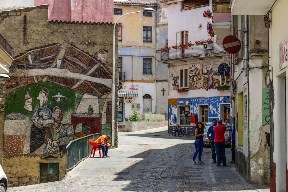 Wandmalereien als stiller Protest
